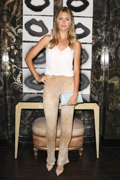 Kelly Rohrbach || Artist in Residence Event (August 19, 2014)