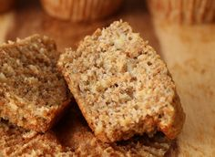 When the Dinner Bell Rings: Easiest Banana Muffins Wheat Muffin Recipe, Muffin Recipes, Protein Oatmeal, Oatmeal Cookies, Muffins, Banana, Tasty, Breakfast, Peanut Butter