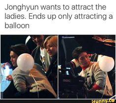 Jonghyun has a new fan #SHINee