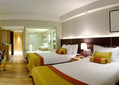 Hotel Deal Checker - The Lalit New Delhi