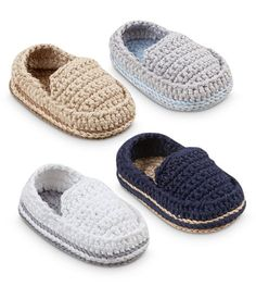 Jefferies Socks Loafer Bootie Source by Ok Erin we gotta find these they were approved.Crochet baby booties are all the craze with mothers these days. View our large selection of crochet booties here!Adorable crochet baby booties for boys and girls. Crochet Baby Clothes, Crochet Baby Shoes, Crochet For Boys, Hand Crochet, Baby Shoes Pattern, Shoe Pattern, Baby Patterns, Crochet Patterns, Pattern Sewing