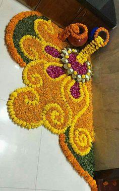 These New Year rangoli designs may not be as detailed as Sankranti rangoli designs or Diwali rangoli or even the themed ones like Ganesh rangoli, and so on. Rangoli Designs Flower, Rangoli Patterns, Colorful Rangoli Designs, Rangoli Ideas, Rangoli Designs Diwali, Diwali Rangoli, Flower Rangoli, Beautiful Rangoli Designs, Flower Designs
