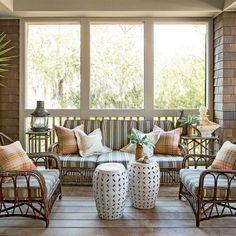Creative Ideas for Outdoor Fabric: Simple Porch