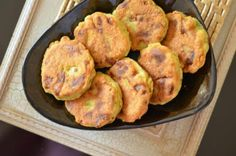 Maakouda are fried Moroccan potato cakes which were popularized as a street food. This recipe explains how to easily make them at home.
