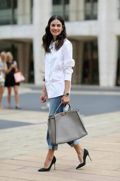 White shirt / Street style fashion / Fashion week / Source by thruwordsfindme outfits women Work Fashion, Fashion Week, Womens Fashion, Fashion Trends, Fashion Fashion, Fashion Outfits, College Fashion, Petite Fashion, Spring Fashion