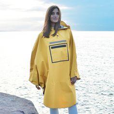 Raincoats For Women Green Info: 1938939293 Travel Raincoat, Poncho Raincoat, Rain Poncho, Yellow Raincoat, Capes & Ponchos, Country Wear, Under The Rain, Rain Gear, Raincoats For Women
