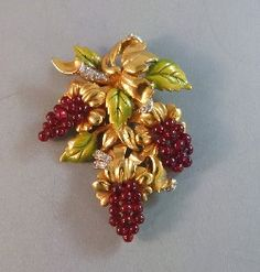 DEROSA red glass bead grapes fur clip with green enamel