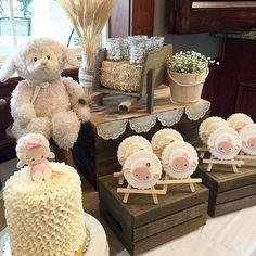 Baby Shower Diapers, Baby Shower Fun, Bebe Shower, Lamb Nursery, Sheep Crafts, Sunflower Baby Showers, Baby Room Themes, Baby Sheep, Baby Dedication