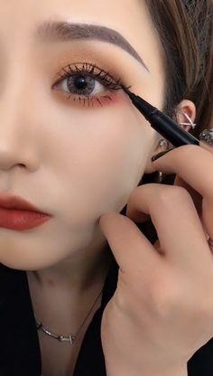 Simple makeup for dating Edgy Makeup, Eye Makeup Art, Smokey Eye Makeup, Simple Makeup, Eyeshadow Makeup, Korean Eye Makeup, Asian Makeup, Ulzzang Makeup, Eye Makeup Designs