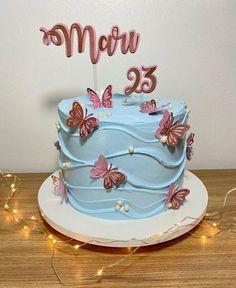Pretty Birthday Cakes, Pretty Cakes, Cake Decorating Techniques, Cake Decorating Tips, Birthday Cake Decorating, Birthday Decorations, Happy Birthday Boss Lady, Bithday Cake, Happy Birthday Wallpaper