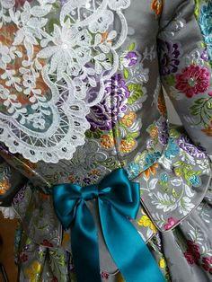 Traje fallera Beautiful Dresses, Nice Dresses, 18th Century Dress, Ag Dolls, Dress Making, Vintage Dresses, Doll Clothes, Spain, Costumes