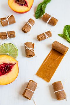 Peach Lime Mint Fruit Roll / Healthy and Delicious! Fruit Recipes, Sweet Recipes, Real Food Recipes, Dessert Recipes, Yummy Food, Desserts, Easy Recipes, Fruit Roll Ups, Dehydrated Food