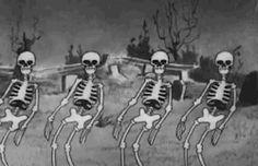 scary gif death film Black and White depression movie creepy pain hurt horror cartoon dark skull animation skeleton bones haunted Macabre Edgy freaky grim horror movie horror film gruesome rest in pieces Scary Gif, Spooky Scary, Creepy Halloween, Halloween Skeletons, Animation, Funny Photo Captions, Funny Photos, Tenacious D, Vintage Cartoons