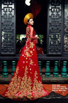 Vietnamese wedding ao dai. ///////. Vietnamese/English wedding invitation @ www.ThiepCuoiCali.com. ///////////.