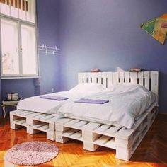 #namestaj#namestajodpaleta#palete#palettes#palettefurniture#francuskilezaj#krevetodpaleta#krevet#badroom