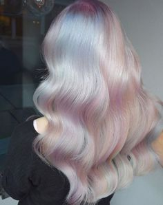 FORMEL: Prismatische Haarfarbe mit weißem Opal – Haarfarbe – Moderner Salon FORMULA: Prismatic hair color with white opal – hair color – modern salon colour Hair Inspo, Hair Inspiration, Opal Hair, Hair Color Formulas, Cool Hair Color, Hair Colors, Pastel Hair Colour, Pastel Blonde, Coloured Hair