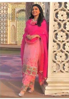 Bridal Suits Punjabi, Punjabi Suits Party Wear, Party Wear Indian Dresses, Pakistani Fashion Party Wear, Designer Party Wear Dresses, Pakistani Dress Design, Designer Wear, Punjabi Suits Designer Boutique, Indian Designer Suits