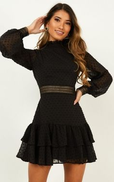 Shop the latest party dresses at Showpo! New looks daily, from sequins to cocktail dresses. Buy now, wear tomorrow! Black Dress With Sleeves, Long Sleeve Mini Dress, Dresses With Sleeves, Dresses For Women, Sleeve Dresses, Outfits Casual, Casual Dresses, Fashion Dresses, Clubbing Dresses