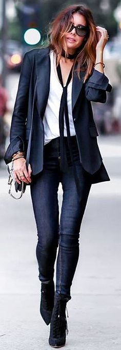 How To Style The 70's Trend? The skinny scarf! Take notes from this effortlessly cool style - white tee, black blazer, jeans and booties! So simple for a chic look!