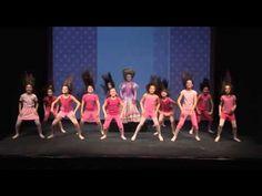 Perlice - Barbie girl - YouTube Barbie, Hula, Videos, Concert, Youtube, Jar, Sport, School, Mini