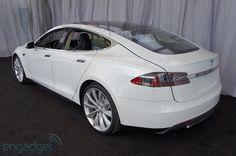 Cool Stuff We Like Here @ CoolPile.com ------- << Original Comment >> ------- Tesla Model S backside