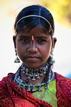 India | Tribal girl from Rajahstan | © Ingetje Tandros.