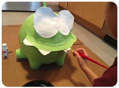 """The making of an """"Om Nom"""" Projects For Kids, Art Projects, Cut The Ropes, King Birthday, Nom Nom, Dinosaur Stuffed Animal, Valentines, Toys, Party"""
