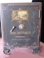 antique floor safe diebold s special canton ohio collections antiques pinterest. Black Bedroom Furniture Sets. Home Design Ideas