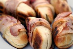 Færdige baconhapsere Snack Recipes, Snacks, Finger Foods, Barbecue, Tapas, Sausage, Picnic, Muffin, Pizza
