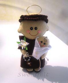 ♥♥♥ Viva o Sto António!!! by sweetfelt  ideias em feltro, via Flickr