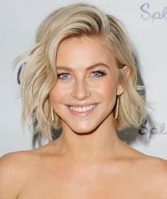 8 Trendy and Chic Short Hairstyles for Summer4