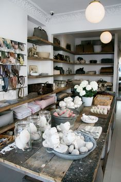 Mungo & Maud's Belgravia Boutique, London - for pampered pups!