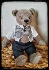 Storytelling Traveling Bears - Artist Bears and Handmade Bears