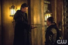 """Arrow -- """"The Fallen"""" -- Image AR320B_0134 -- Pictured (L-R): Matt Nable as Ra's al Ghul and KarlYune as Maseo --"""