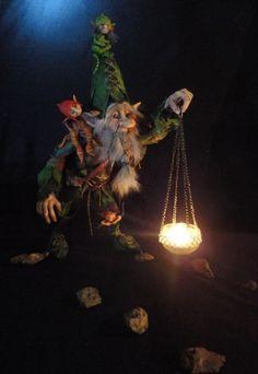 PORTADOR DE LUZ Woodland Creatures, Magical Creatures, Fantasy Creatures, Beautiful Creatures, Halloween Diorama, Design Steampunk, Dragons, Fairy Dolls, Goblin