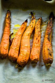 jadłonomia • roślinne przepisy: Najlepsza pasta z marchewki