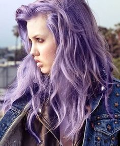 Lavender Hair Chalk // Large Light Purple Salon Grade Stick // Temporary Hair Color from TheFreeSpiritCo on Etsy. Light Purple Hair Dye, Pastel Purple Hair, Violet Hair, Lilac Hair, Colorful Hair, Ombre Hair, Deep Purple, Pastel Lavender Hair, Lavender Colour