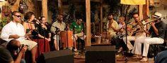 O Bando da Bandeira Amarela apresenta-se nesta sexta-feira, 1º de junho, a partir das 20h, na Ação Educativa. O evento, promovido pelo Movimento Cultural @migos do Samba.com, tem entrada Catraca Livre. A entrada é Catraca Livre.