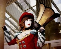 http://www.gameranx.com/images/gallery_assets/mad-moxxi-cosplay/1320526698moxxi1.jpg
