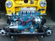 . Mini Cooper Classic, Classic Mini, Mini Drawings, Mini Coopers, Mini Mini, Kit Cars, Small Cars, Minis, Automobile