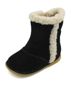 """Black Toddler Girls Fully Lined Winter Squeaky Boots (3). ENTERTAINING AND GREAT FOR SAFETY: Squeaker shoes are fun shoes that """"squeak"""" every time your little one takes a step. Not only will they put a smile on your little one's face, but you will know where they are...especially important when you are out in public. Squeaky shoes encourage movement and exploration and are also a great motivator for beginning walkers. These shoes fit from 9 months old up to four years old, depending on…"""