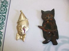 Costume Clown & Cat Brooch MM28 GIGANTIC 5 Dollar SALE by MICSJWL, $5.00