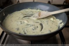 Learn how to make blue cheese sauce in two easy steps. You can use dolcelatte, roquefort or stilton cheese, making it ideal for steak, burgers and pasta. Blue Cheese Pasta Sauce, Cheese Sauce For Steak, Steak With Blue Cheese, Cream Sauce Pasta, Vegetarian Steak, Vegetarian Sauces, Sauce Recipes, Beef Recipes, Cooking Recipes