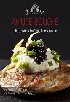 Blini creme fraiche black caviar Beluga Sturgeon, Starter Recipes, Mini Appetizers, Creme Fraiche, Appetisers, Caviar, Food Styling, Affair, Waffles