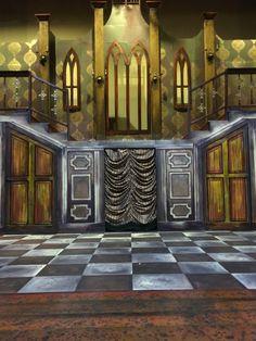 Addams family set, Addams home<br> Adams Family Costume, Family Costumes, Stage Set Design, Set Design Theatre, Family Set, Family Life, Addams Family Broadway, Annie Play, Haunted Hotel