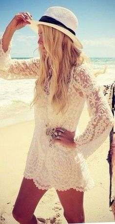 Lacey-summer-tunic, white, boho, chic, hippie style, beach, festival, outfit,