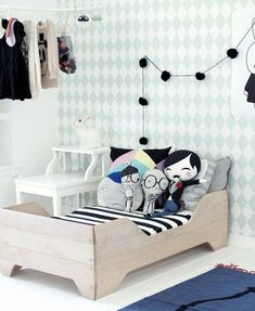 Luckyboysunday pillow, bobo choses carpet, Heico lamp, ferm living wallpaper, childrens room, echo toddler bed Kalon Studios, mini rod ini shirt, miniwalla poster Kids room - Kenziepoo