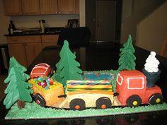 Train Cake by Elsharooni, via Flickr