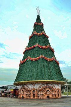Christmas Tree at the Sky Park, VivoCity, Singapore