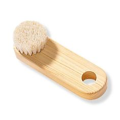 MUJI Hinoki Face Brush